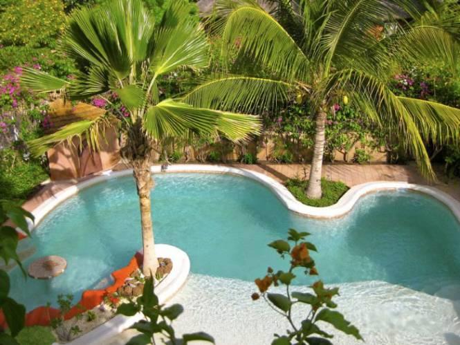 Photo 16 du Vue de la piscine de la villa à louer